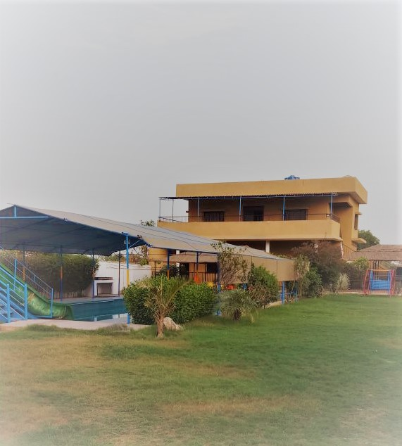 FT Resort Unit A - FarmHouse - Karachi